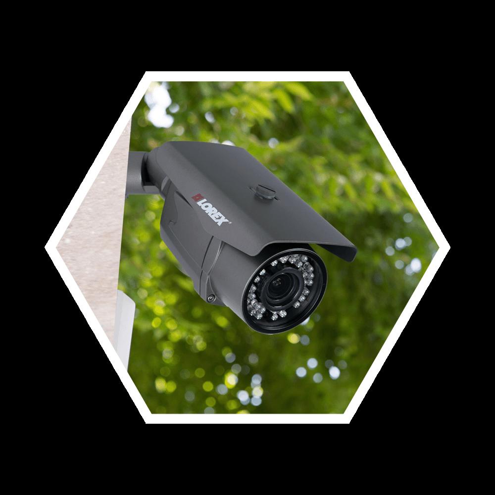 Evite árvores ou folhagens para maximizar as imagens de segurança em casa